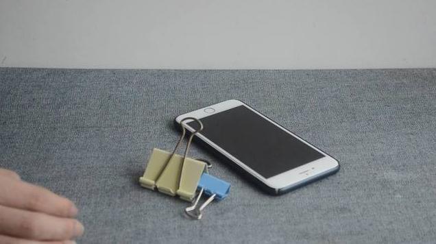DIY phone holder stand step 1